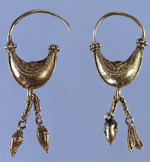 Greek Earrings 450 BC.jpg