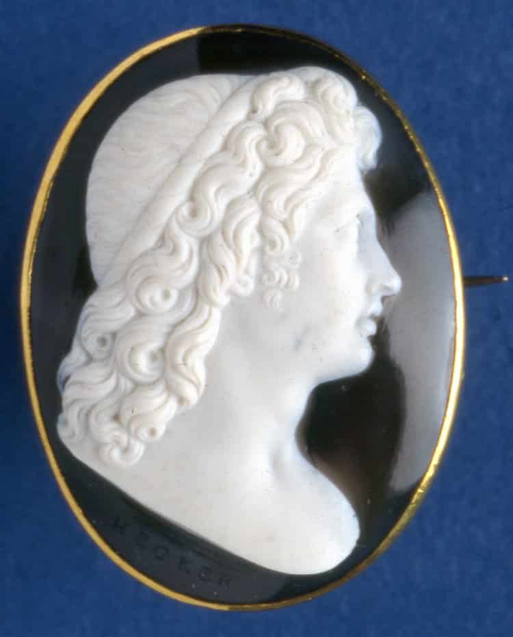 Profile of Alexander c. 1790, Onyx. © Trustees of the British Museum.
