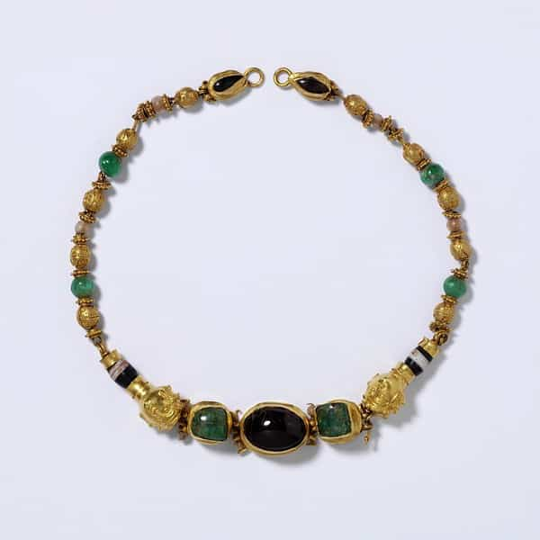 Helenistic gem and gold necklace.jpg