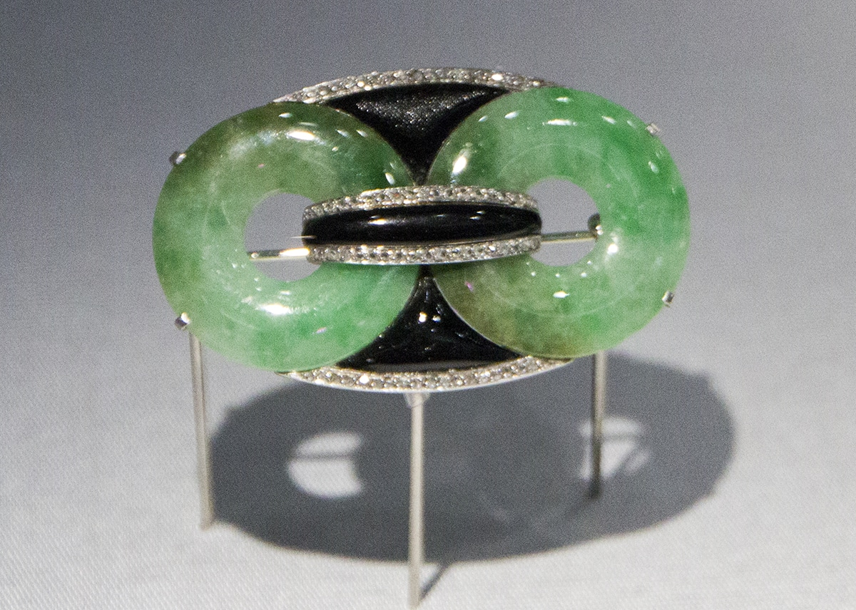 Jadeite art deco pin.jpg