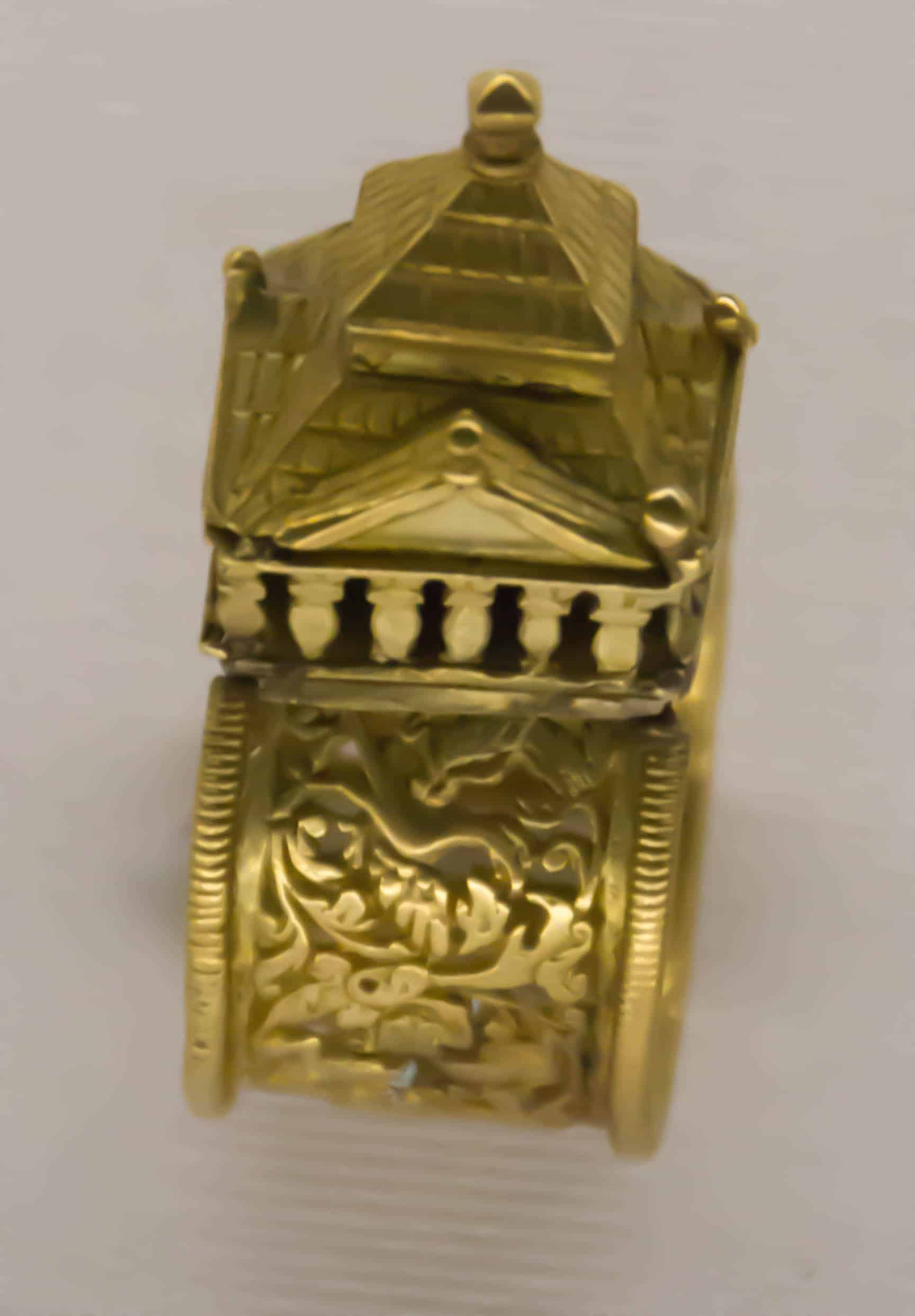 Jewish Wedding Ring Western Europe 16th 17th Cen.jpg