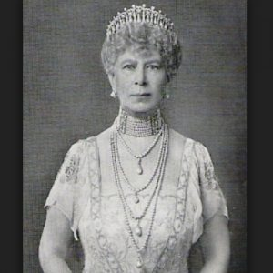 Queen Mary Wearing the Lover's Knot Tiara.