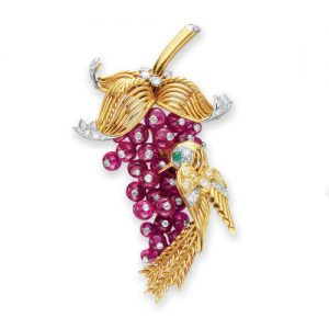 Marchak Ruby Berries and Gold Hummingbird Brooch. Photo Courtesy of Christie's.