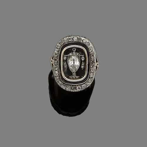 Mourning Ring Urn.jpg