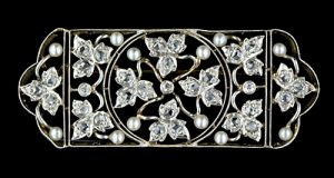 Edwardian Openwork Diamond and Pearl Pin