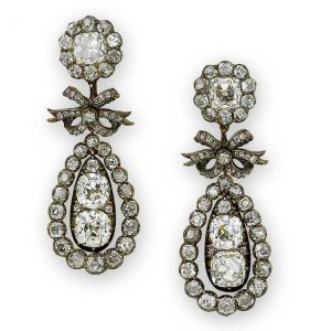 Pendeloque Diamond Earrings with Bow Motif. c.1810.