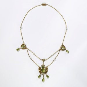 Peridot Necklace, Ashbee c.1903.