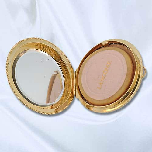 Puffed Gold Compact open 1188.jpg