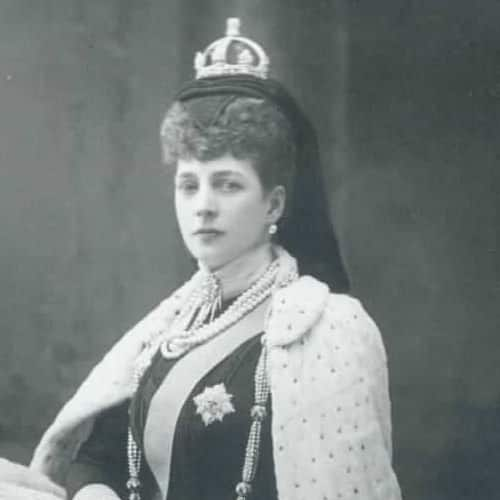 Queen Alexandra Small Crown.jpg