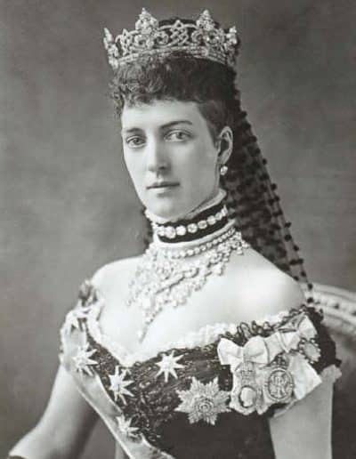 Queen_Alexandra_dog_collar