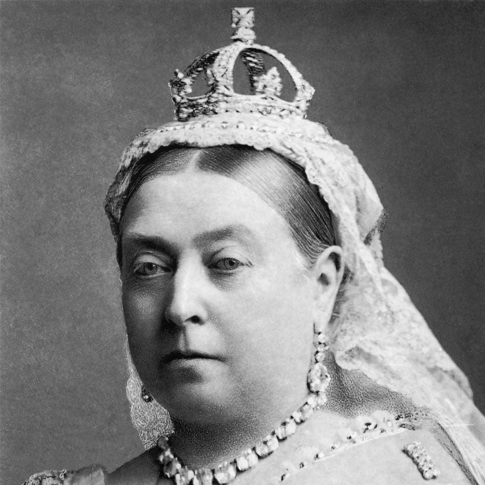 Queen Victoria Small Crown.jpg