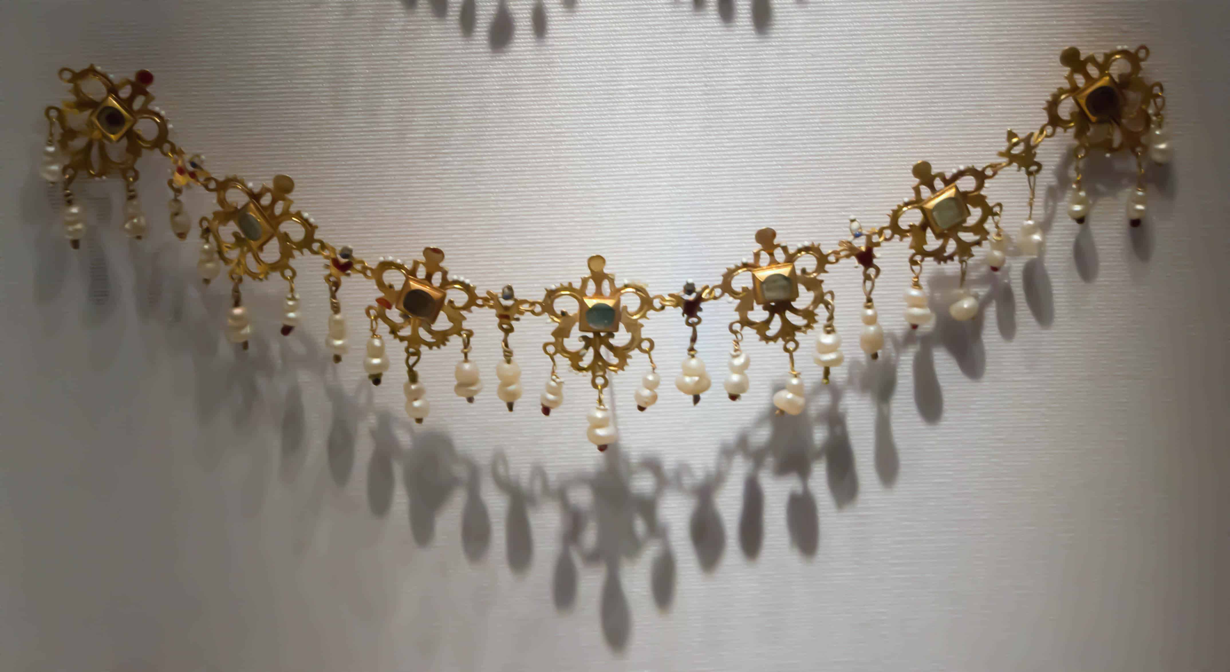Renaissance Necklace.jpg