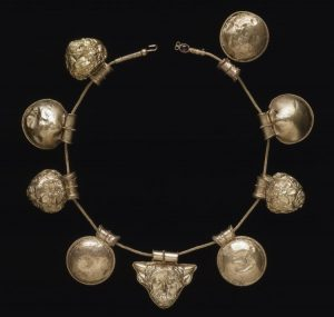 Gold Repoussé Bula Pendant Necklace c.400-350 B.C.
