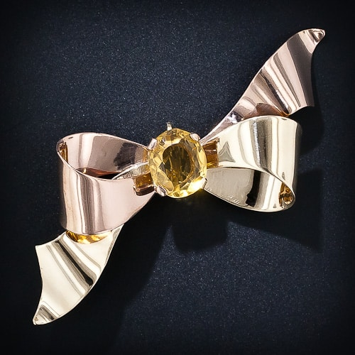 Retro_Rose_and_Yellow_Gold_Brooch