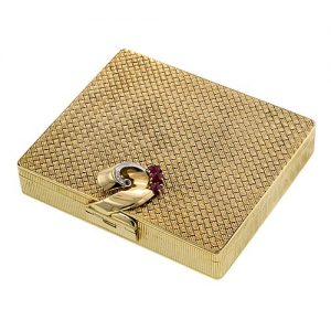 Retro Ruby Woven Cigarette Case.
