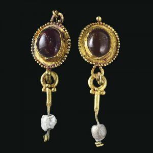 Roman Garnet Cabochon Earrings with Pearl (one replaced with glass) Pendants. 1st Century A.D.