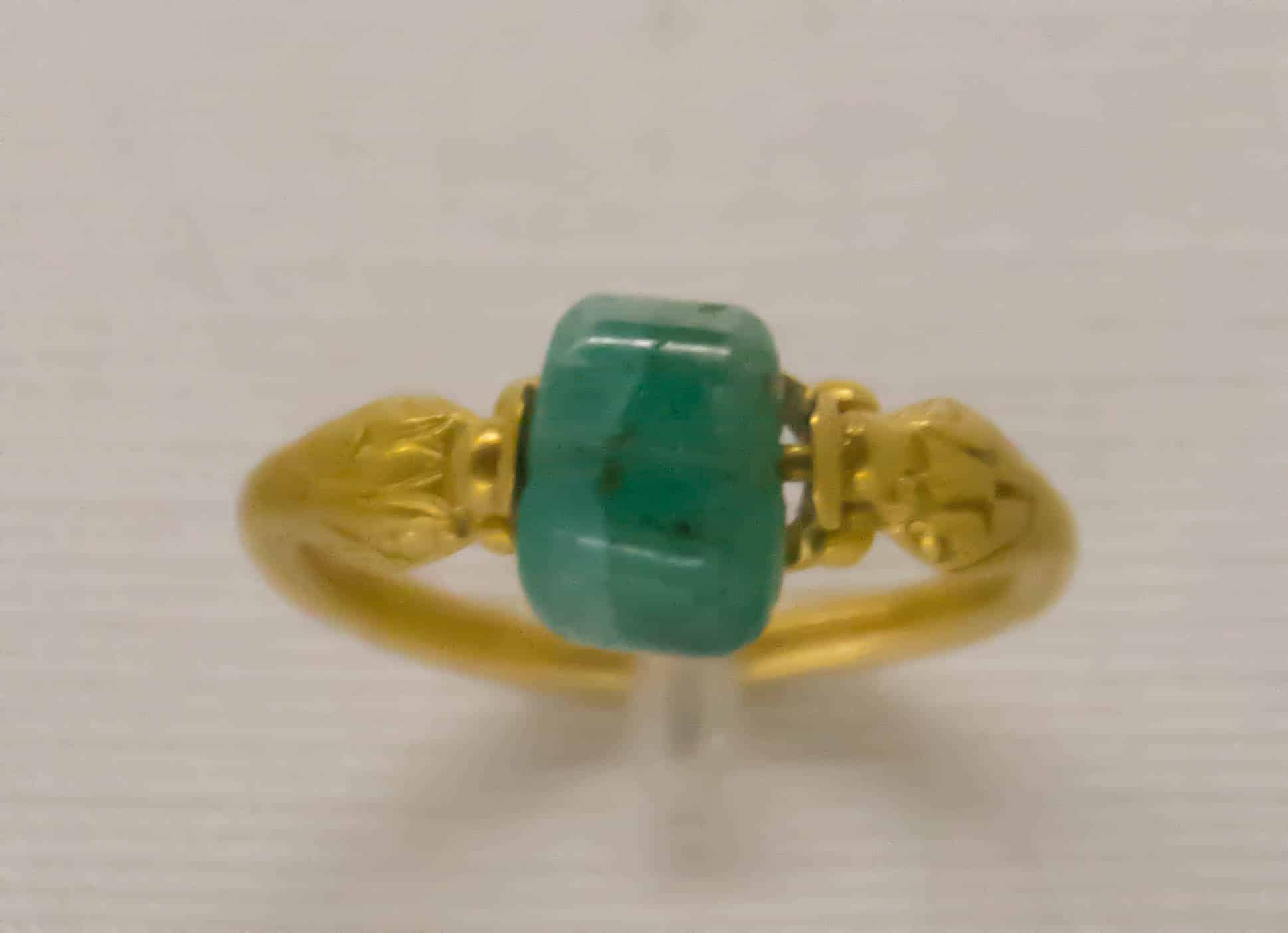 Roman Gold Emerald Ring.jpg