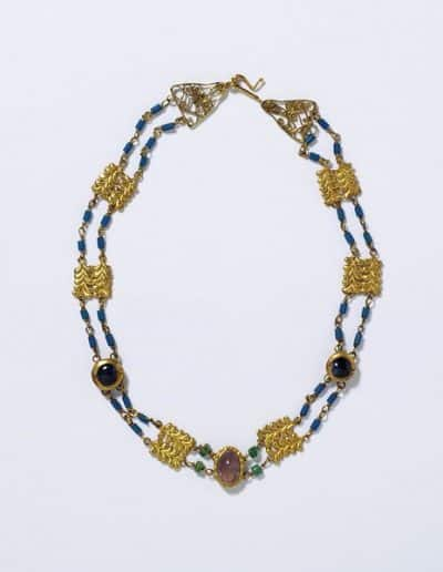 Roman_Necklace