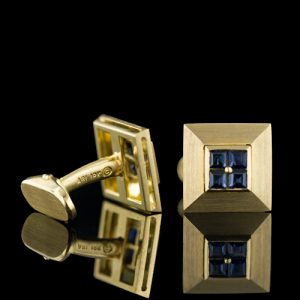 Sapphire, 18K Yellow Gold Cuff Links.