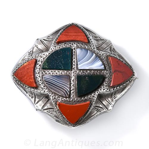 Scottish Silver Agate Brooch.jpg