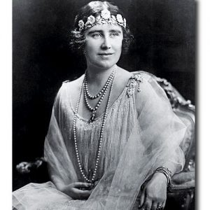 The Strathmore Tiara Worn as a Bandeau by Queen Elizabeth (Queen Mother) c.1920s.
