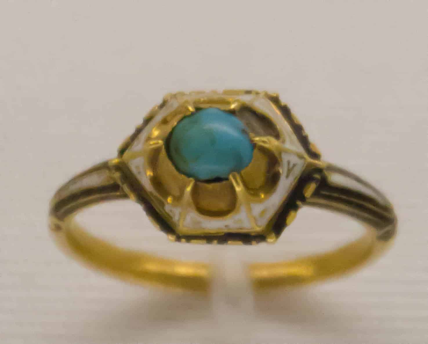 Turquoise Ring 15th Cen 2.jpg
