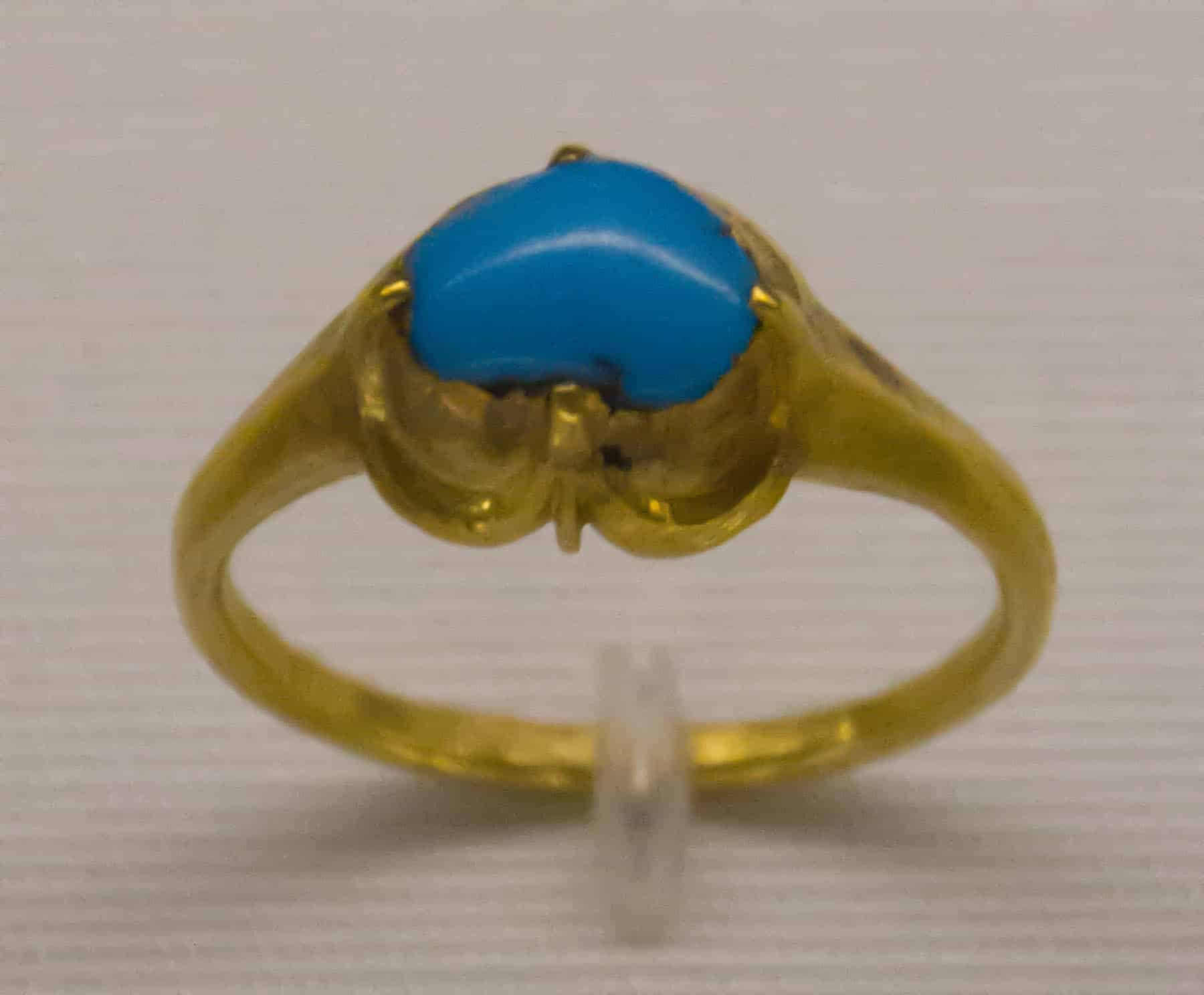 Turquoise Ring 15th Cen 3.jpg