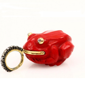 Faberge Antique Hand Carved Purpurin Frog.