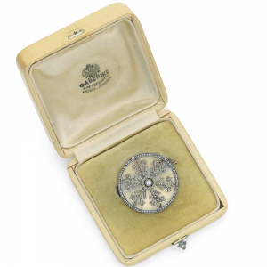 Snowflake Brooch. Alma Pihl Designer for Fabergé.