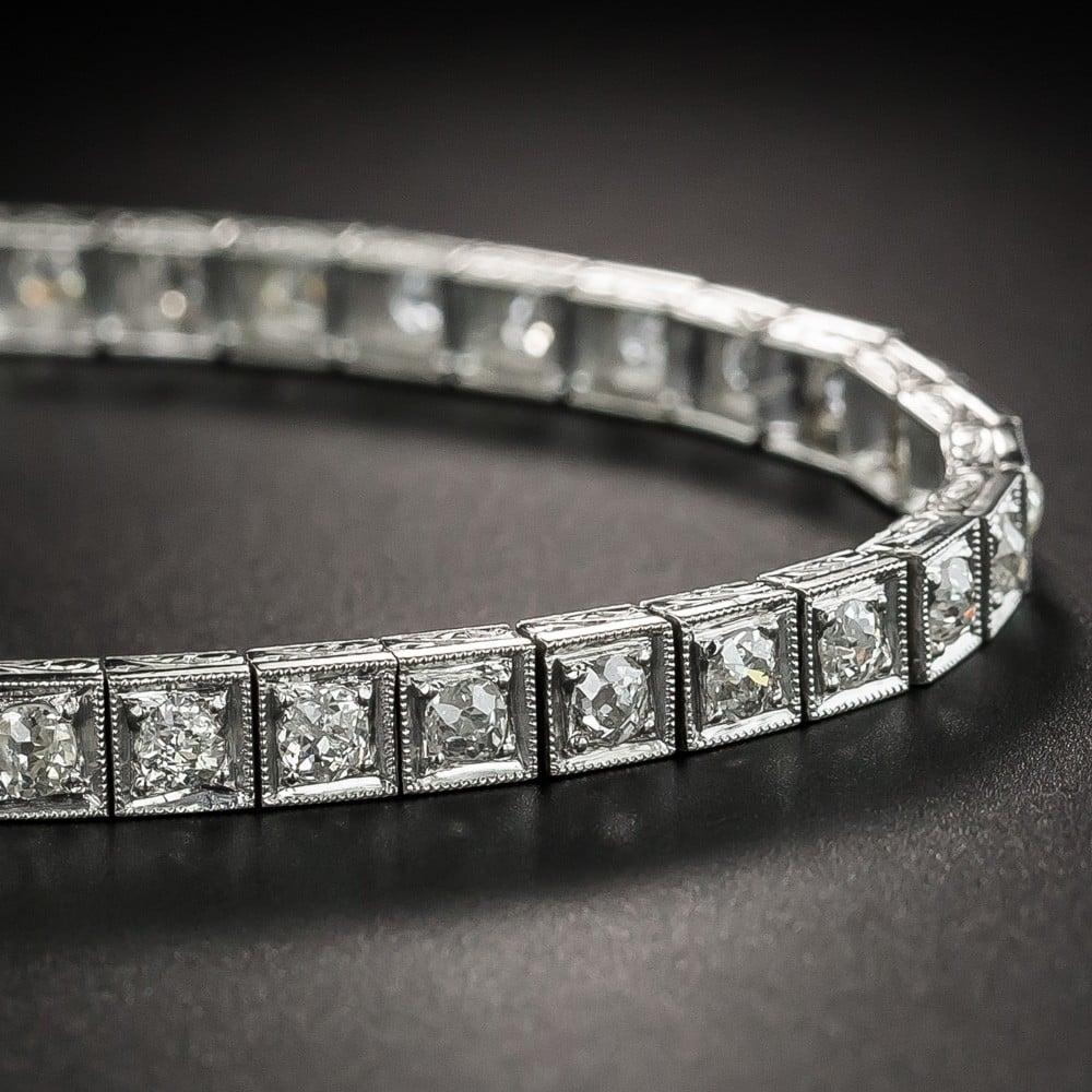 Art Deco Diamond and Platinum Line Bracelet.