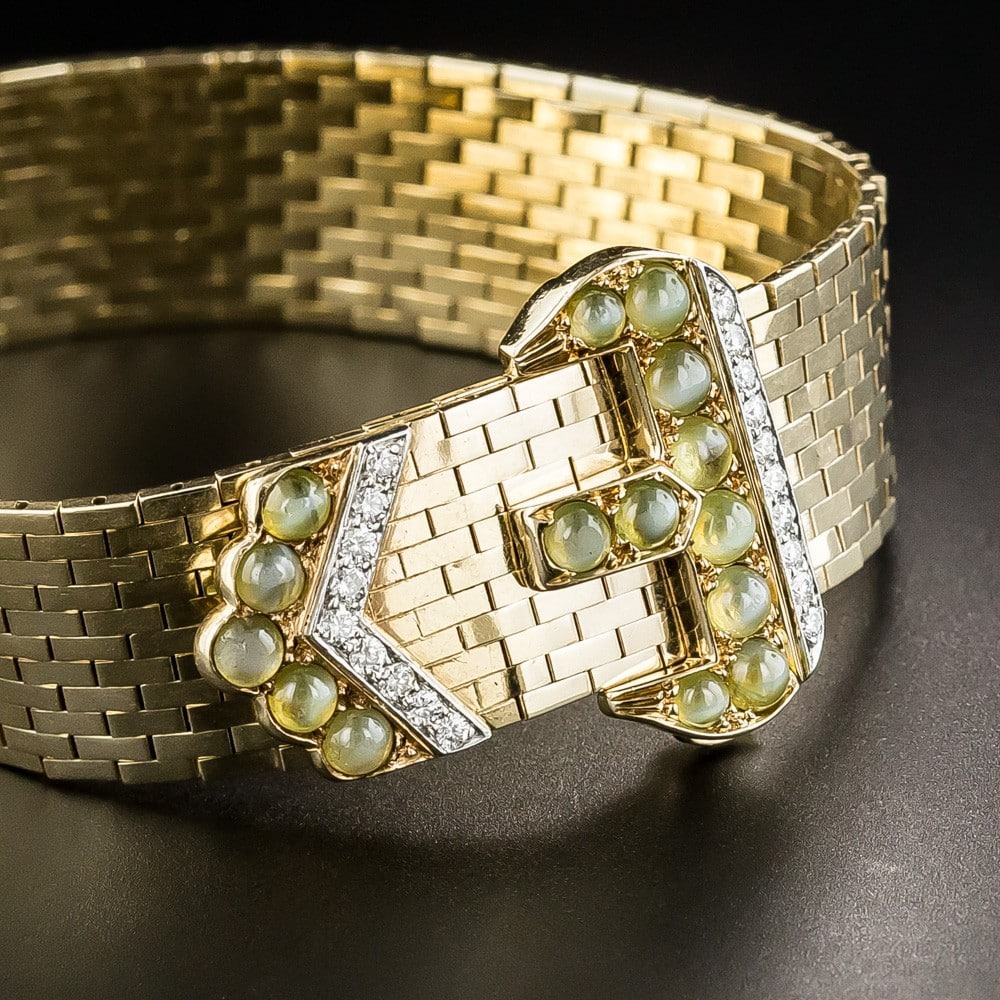 Retro Buckle Jarretiere with Chrysoberyl and Diamonds.