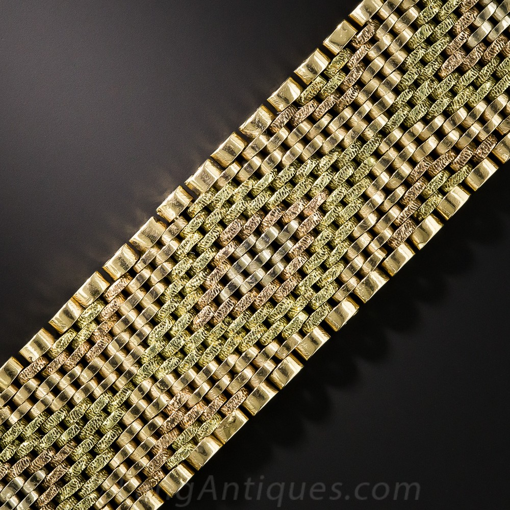 Tricolror Mesh Bracelet with Pointillé Textured Accents.