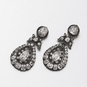 Pendeloque Diamond Earrings c.1870. Photo Courtesy of Sotheby's.