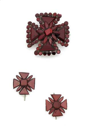 Red Vauxhall Glass Maltese Cross Brooch and Earring Suite, c.1825