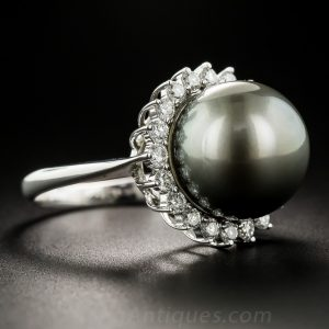 Tahitian Pearl with Greenish-Silver Overtone.