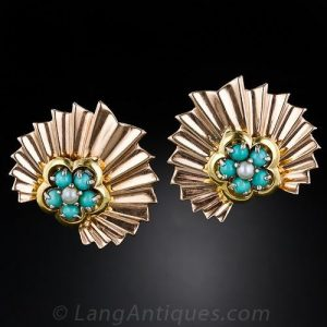 Retro Turquoise and Pearl Fluted Earrings.
